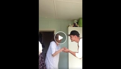 abuela bailando